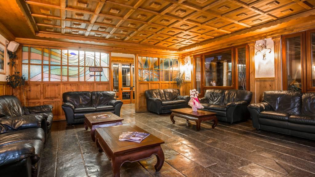 Hotel-Togo-Palace-Terminillo-Rieti-interior-114
