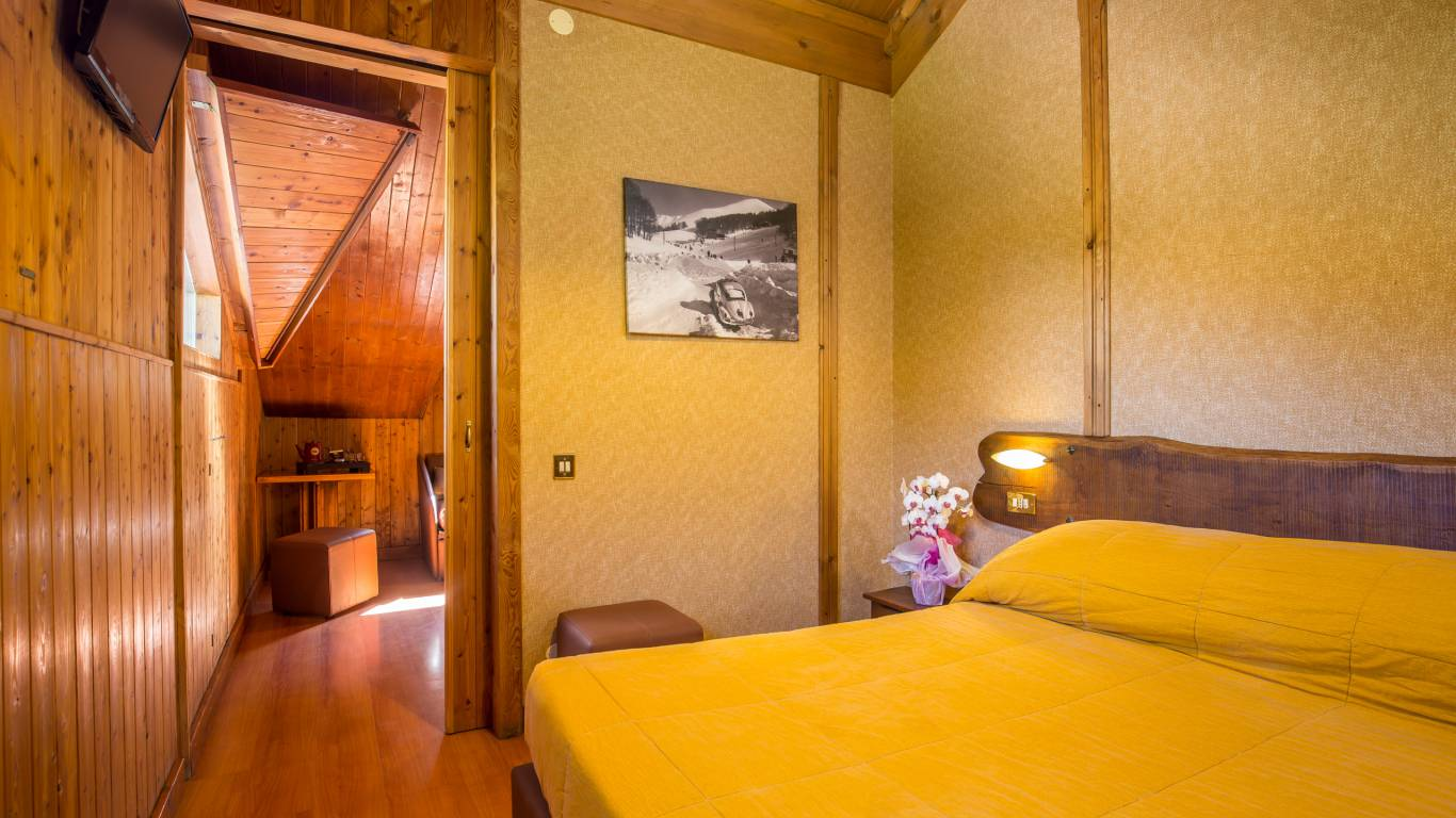 hotel-togo-palace-terminillo-rieti-junior-suite
