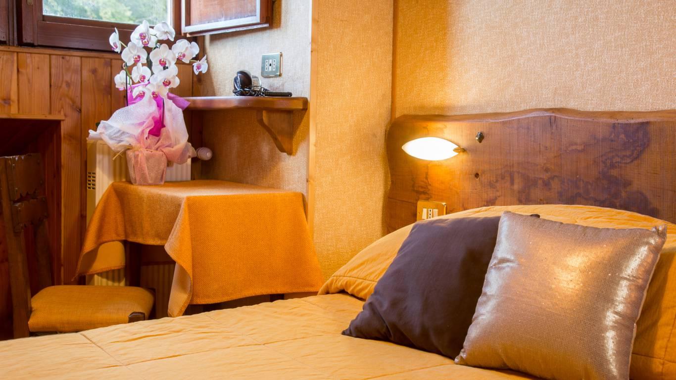 Hotel-Togo-Palace-Terminillo-Rieti-room-032