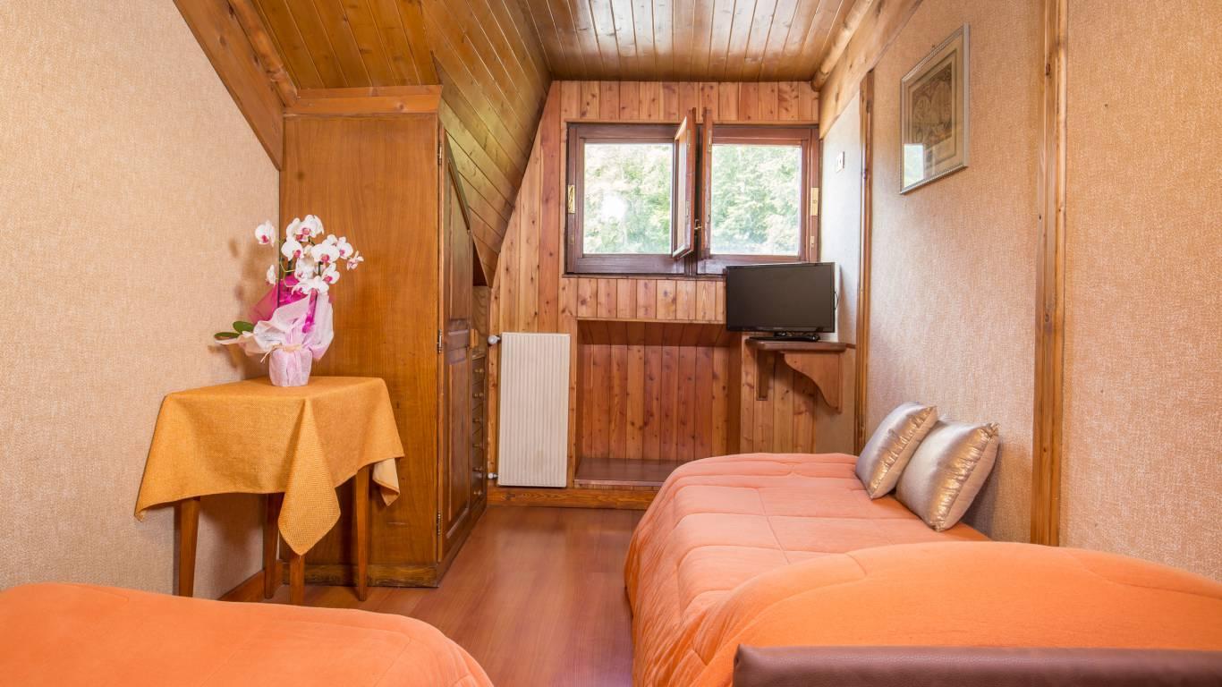 Hotel-Togo-Palace-Terminillo-Rieti-camera-039