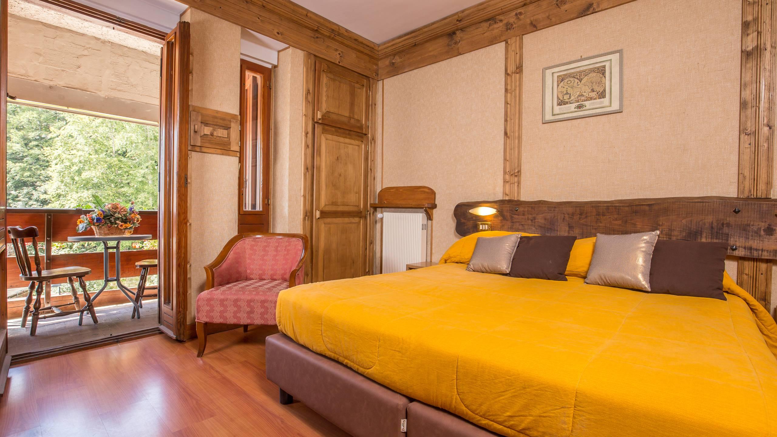 Hotel-Togo-Palace-Terminillo-Rieti-room-055
