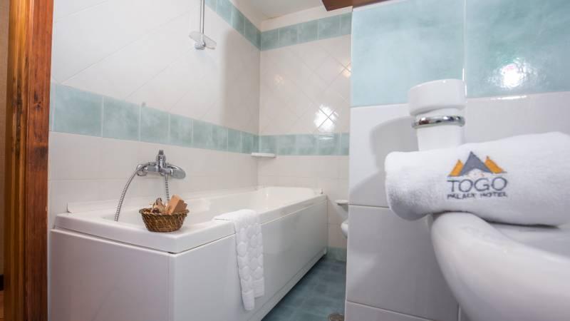 Hotel-Togo-Palace-Terminillo-Rieti-camera-068